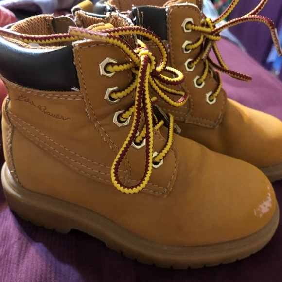 Eddie Bauer Shoes   4 For 2 Boys Work